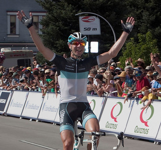 Jens Voigt sucks up the crowd's acknowledgement after finishing in 60th place