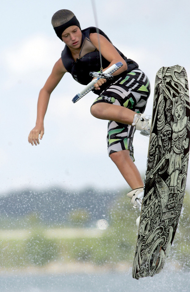 E.L. Hubbard Photography<br /> Robby Holihan competes in the 11th USA Wakeboard National Championships at Eastwood MetroPark in Dayton Friday, July 31, 2009.