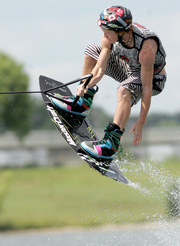 E.L. Hubbard Photography<br /> Cameron Steines competes in the 11th USA Wakeboard National Championships at Eastwood MetroPark in Dayton Friday, July 31, 2009.