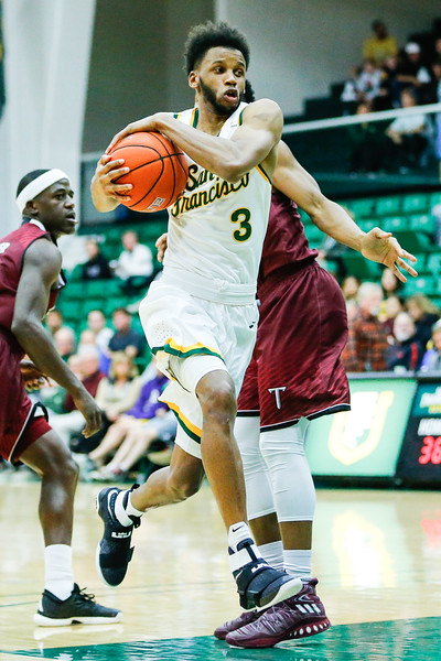 11/23/16: USF MBB vs Troy at War Memorial Gym in San Francisco, CA.  Image by Chris M. Leung for USF Dons Athletics