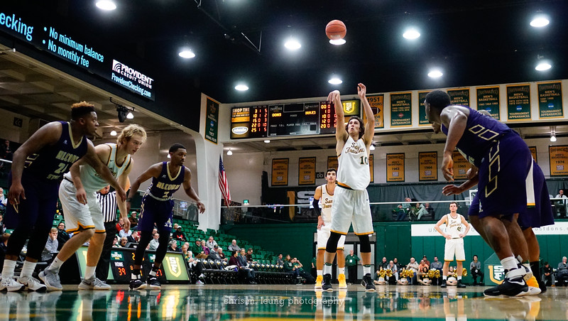 11/30/16: USF MBB vs Alcorn State at War Memorial Gym in San Francisco, CA.  Image by Chris M. Leung for USF Dons Athletics