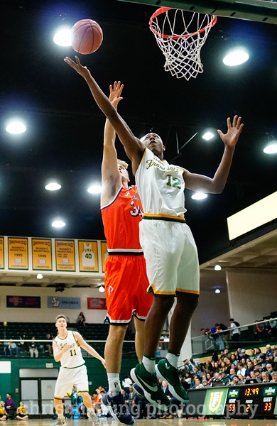 2/2/17: USF MBB vs Pepperdine at War Memorial Gymnasium in San Francisco, CA. Dons win 77-56. San Francisco Dons forward Chance Anderson (12). Image by Chris M. Leung