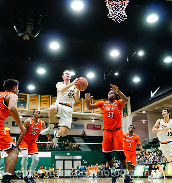 2/2/17: USF MBB vs Pepperdine at War Memorial Gymnasium in San Francisco, CA. Dons win 77-56. San Francisco Dons guard Mladen Djordjevic (45)  for 2. Image by Chris M. Leung