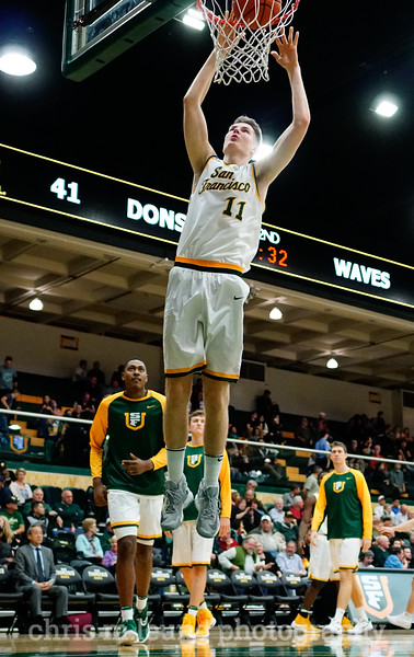 2/2/17: USF MBB vs Pepperdine at War Memorial Gymnasium in San Francisco, CA. Dons win 77-56. San Francisco Dons forward Remu Raitanen (11). Image by Chris M. Leung