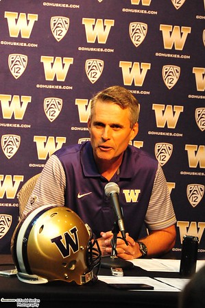 08-29-2016 UW Coach Petersen Press Conference