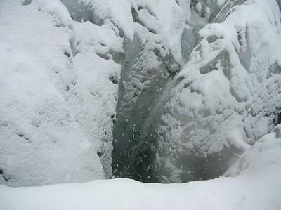 Ugolini BS - Corso Introduzione Alpinismo 2010 - Comportamento su ghiacciaio  (thanks to dalbo)