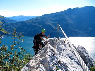 Ugolini BS - Corso Introduzione Alpinismo 2010 - Ferrata   (thanks to Massimo)