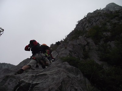 Ugolini BS - Corso Introduzione Alpinismo 2010 - Ferrata Medale (thanks to Stefano Spotti)