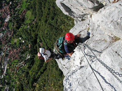 Ugolini BS - Corso Introduzione Alpinismo 2010 - Ferrata (thanks to Dalbo)