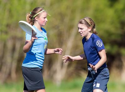 Woodlawn JV vs Woodlawn Varsity Girls Ultimate (26 Apr 2014)