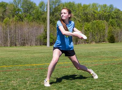 Woodlawn JV vs Woodside Girls Ultimate (26 Apr 2014)