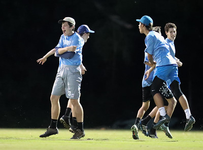 H-B Woodlawn @ Yorktown Boys Ultimate (04 Oct 2016)