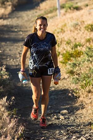 Keira looking great 10 miles in.