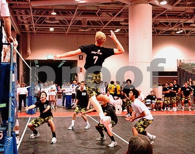 The Man!  NBA player Chase Budinger's Game Winning Spike at the Minn JO's.  Notice the bench players reactions.