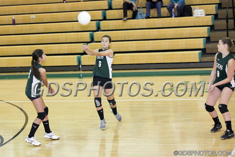 MS_G_Volleyball_092412_JR_288_1