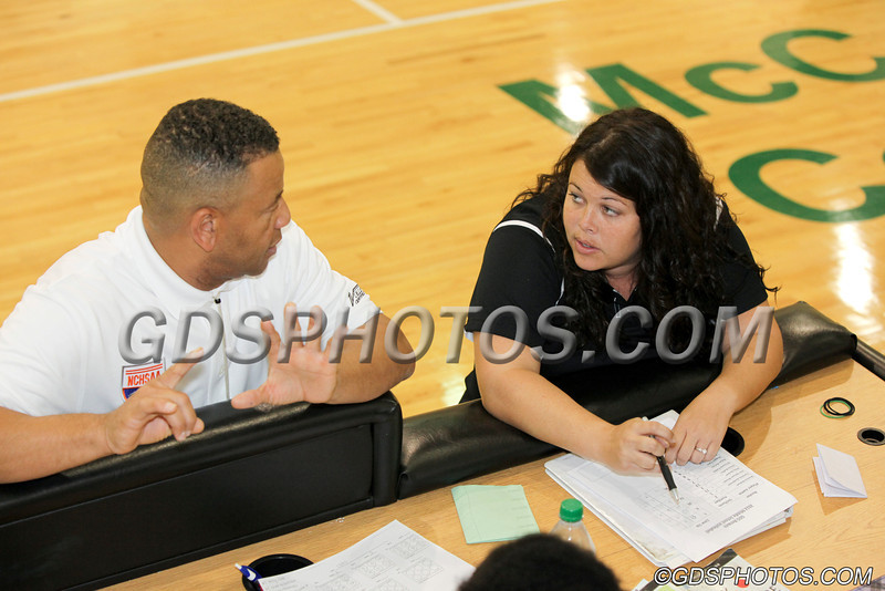 MS_G_Volleyball_092412_JR_235_1