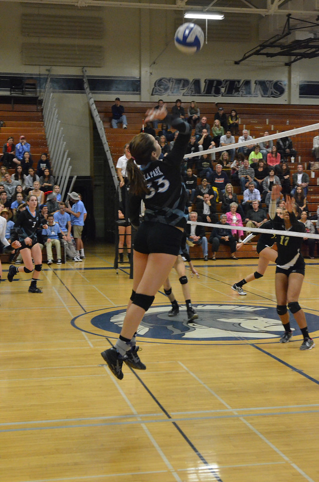VP_Varsity_Vball_v_Canyon 77