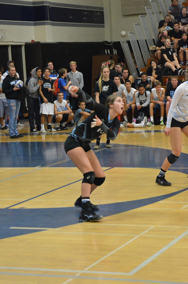 VP_Varsity_Vball_v_Canyon 41