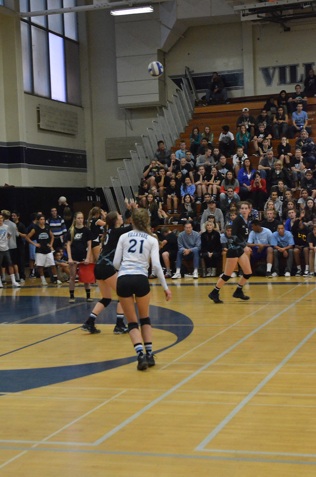 VP_Varsity_Vball_v_Canyon 82
