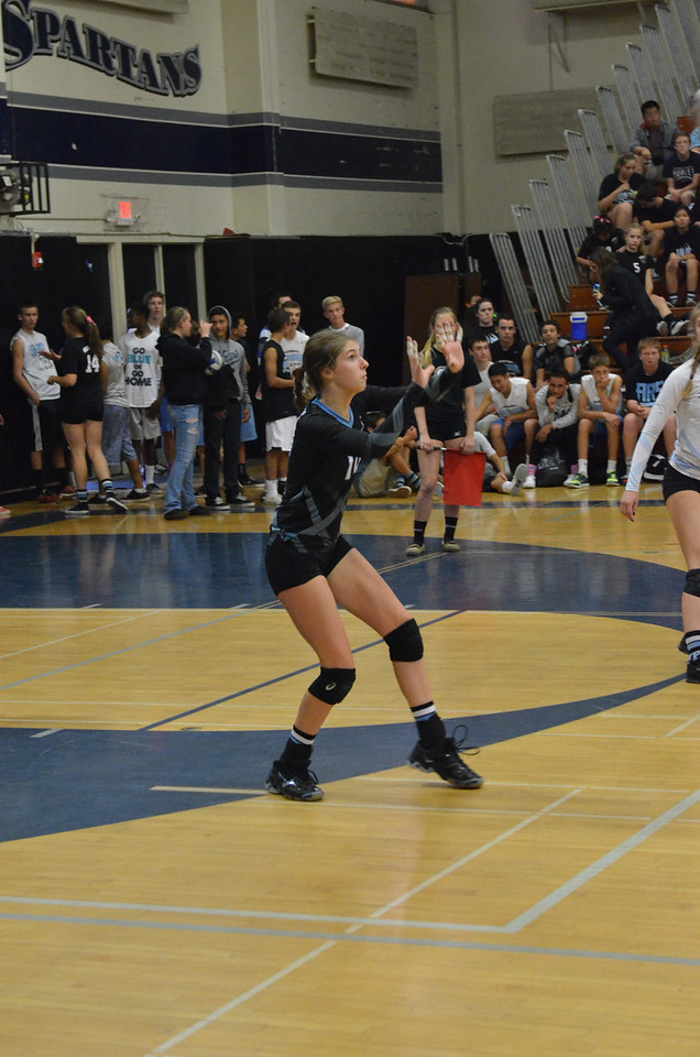 VP_Varsity_Vball_v_Canyon 44