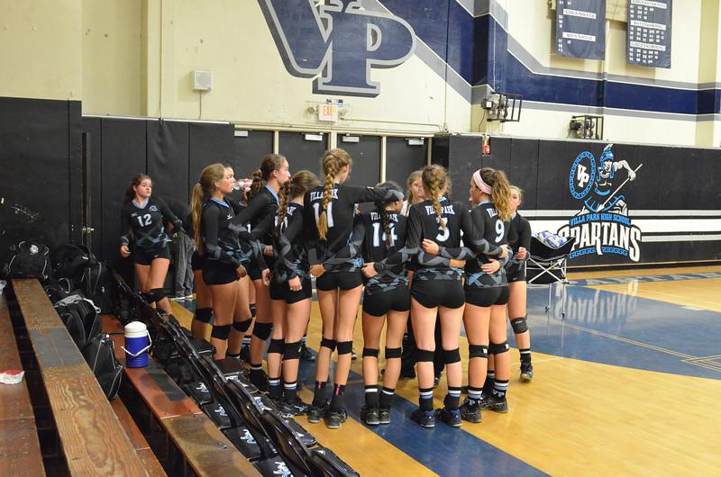 VP_Varsity_Vball_v_Canyon 3