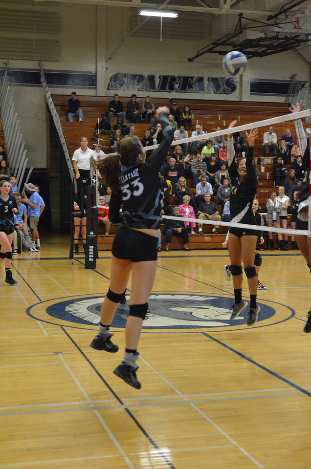 VP_Varsity_Vball_v_Canyon 78