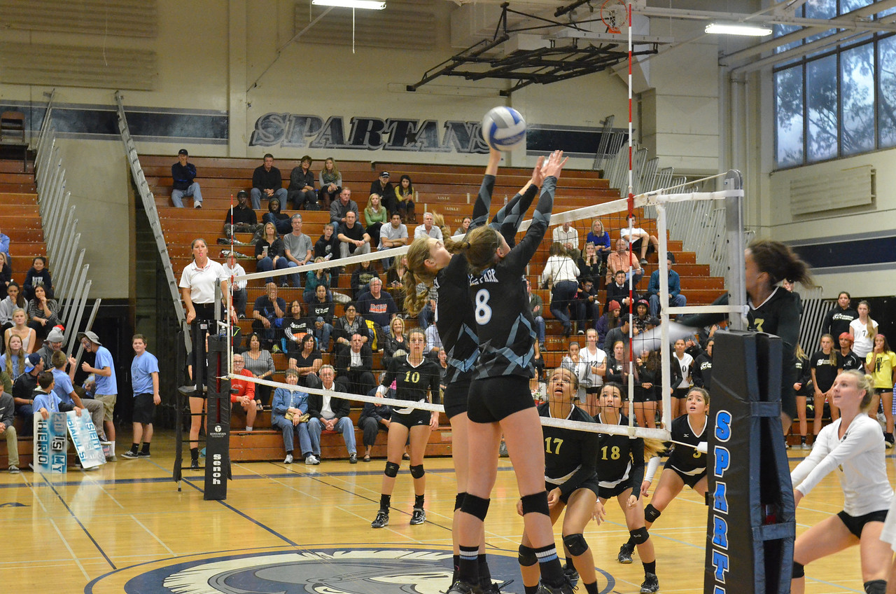 VP_Varsity_Vball_v_Canyon 59