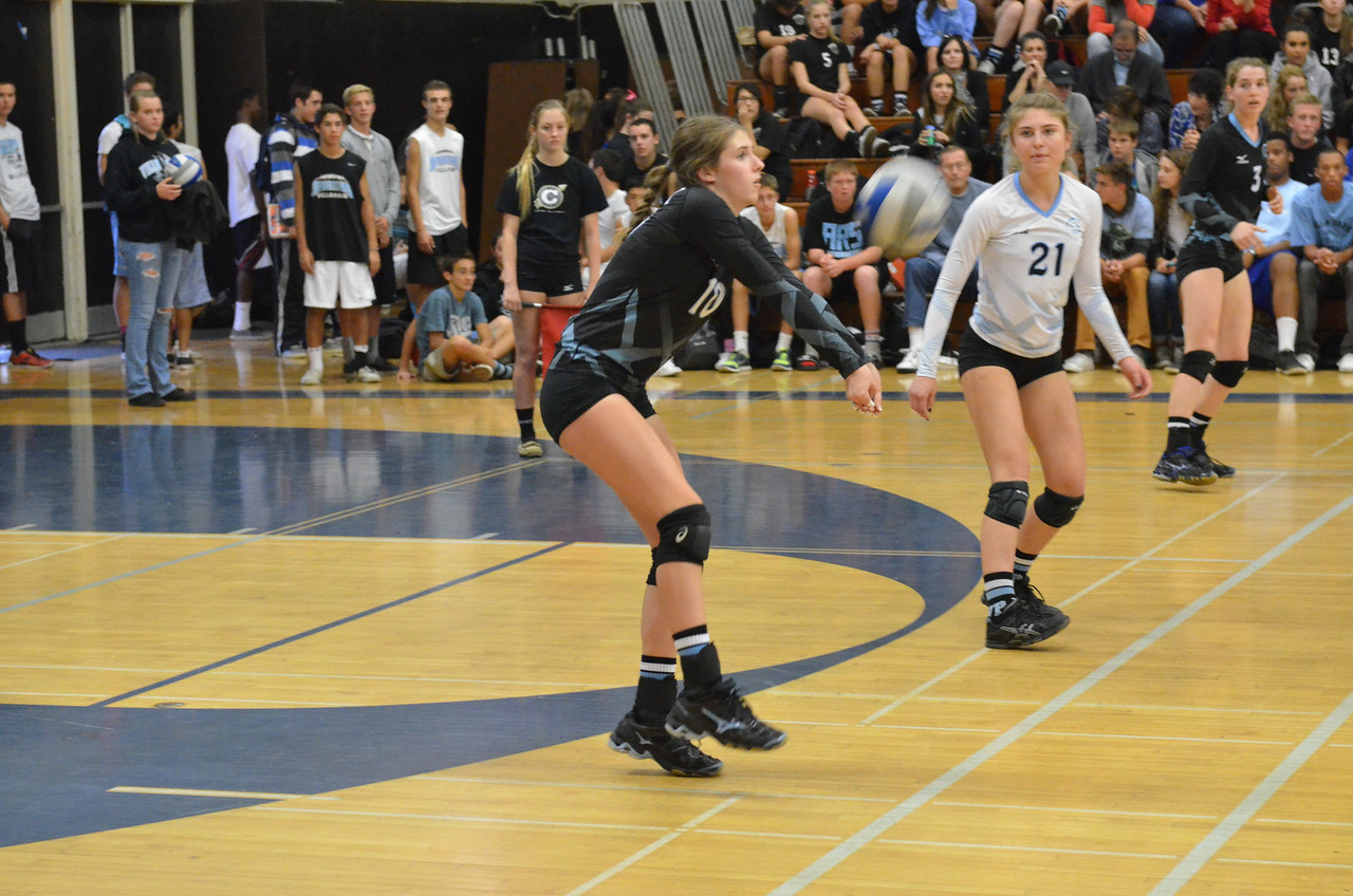 VP_Varsity_Vball_v_Canyon 38