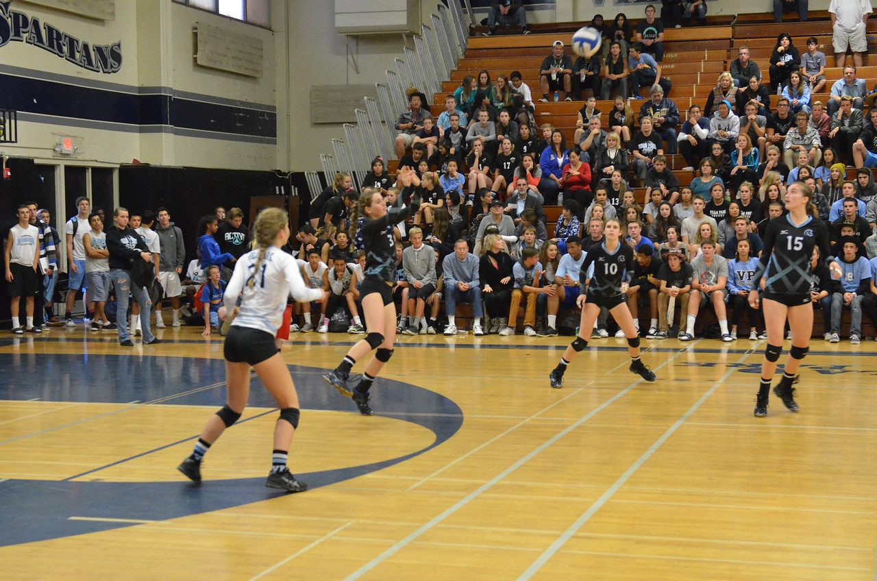 VP_Varsity_Vball_v_Canyon 11