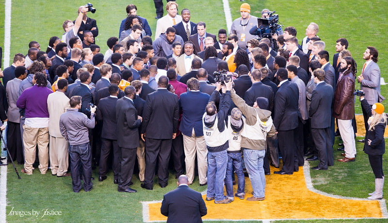 Tennessee Pregame Huddle