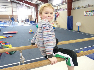 gymnasticscenterJan09 094