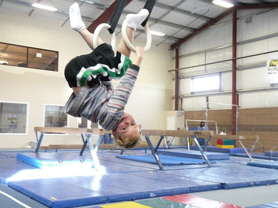 gymnasticscenterJan09 096