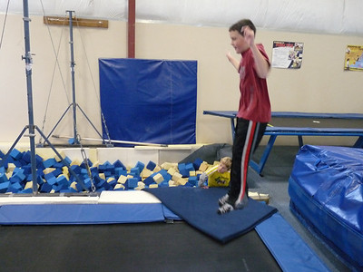 gymnasticscenterJan09 092