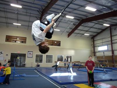 gymnasticscenterJan09 099