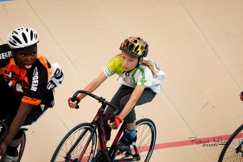 Velodrome-cycling-2
