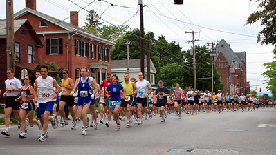 Shortly after start on Pearl Street.
