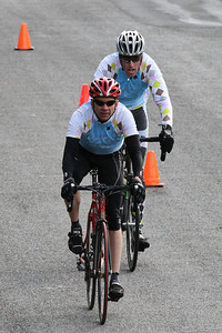 Bill and Peter start their breakaway on first lap
