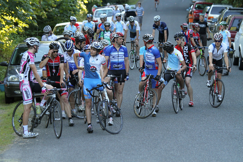 35 riders out on record hot day
