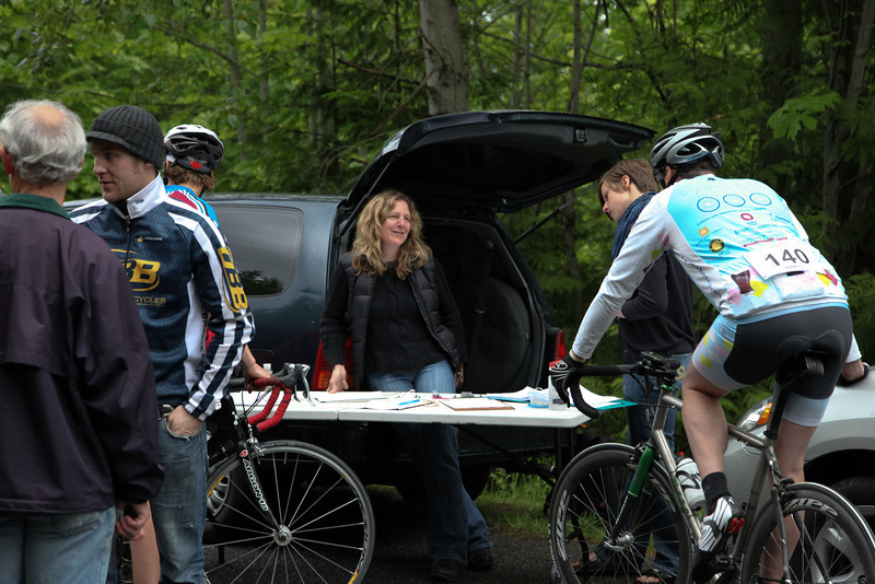 Geoff, Sonya and Gillian help run Newton race