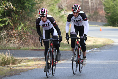 Dylan and Emile have established a substantial breakaway early in the race