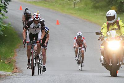 Nick (A) starts breakaway, passing chasing B group (Peter at front)