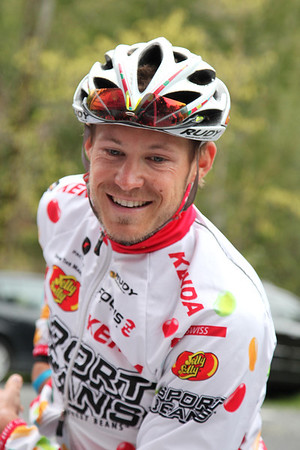 A. Nic Hamilton, (26), Jelly Belly p/b Kenda, Cat 1