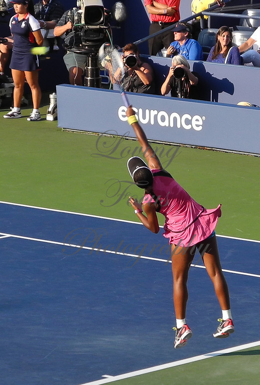 Victoria's serve was adequate but not a weapon ... but Sam was not taking advantage of it with good returns.