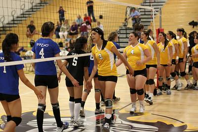 2009-10-01 Girl's Highschool Volleyball - MVC at Watsonville