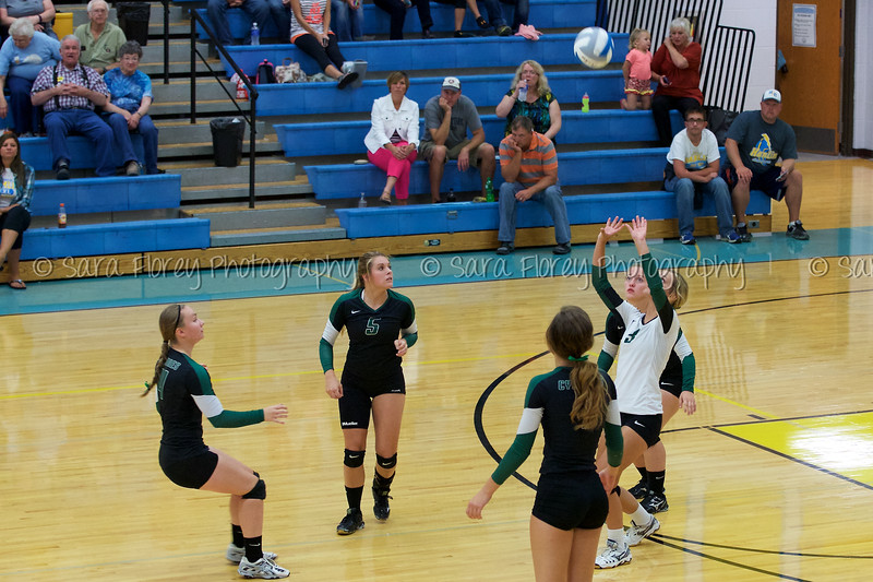 '15 Varsity Volleyball 22