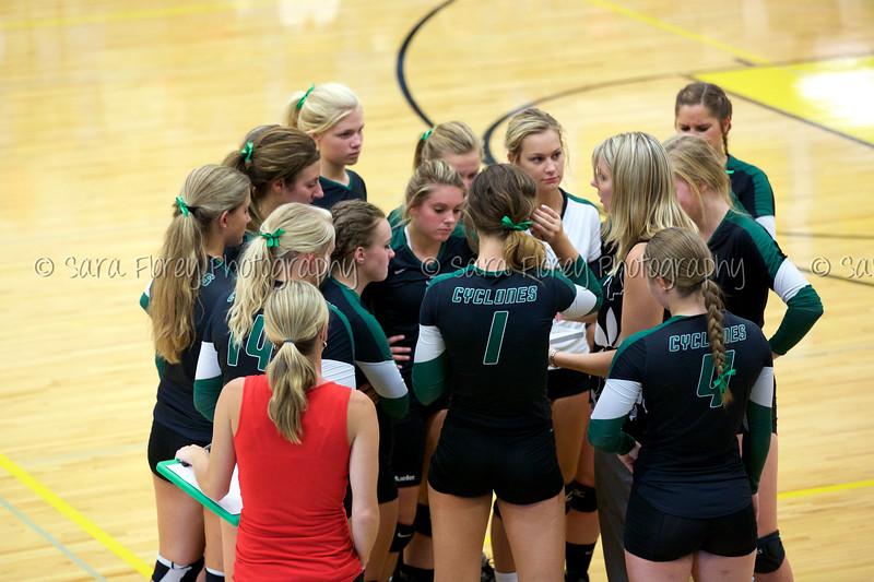 '15 Varsity Volleyball 13