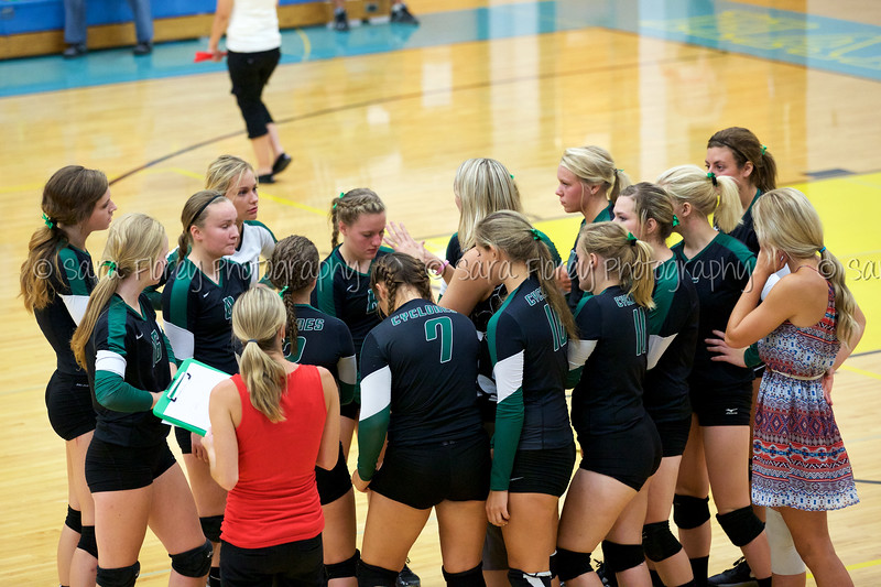 '15 Varsity Volleyball 41