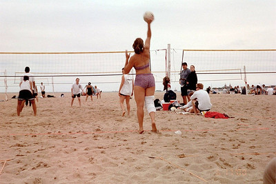 2000-6-17 Chicago Sport & Social Club - Above The Net _24