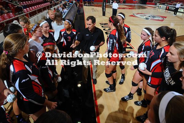 NCAA WOMENS VOLLEYBALL:  SEP 04 Hampton at Davidson