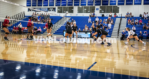 Varsity Volleyball - Heritage @ THS - Corso (19 of 64)